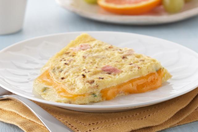 Cheesy Ham Omelet Image 1