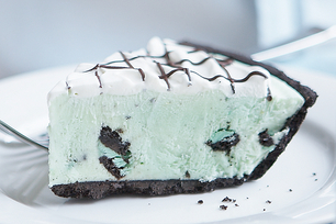 Chocolate-Mint Grasshopper Pie
