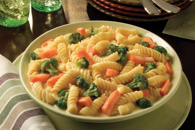 VELVEETA Easy Pasta Primavera Image 1