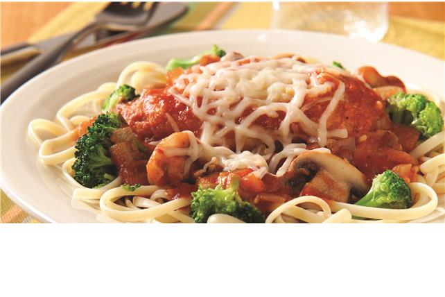 Chicken Parmesan with Linguine and Broccoli Image 1