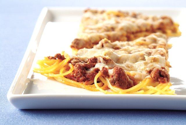 Spaghetti-Crust Pizza Image 1