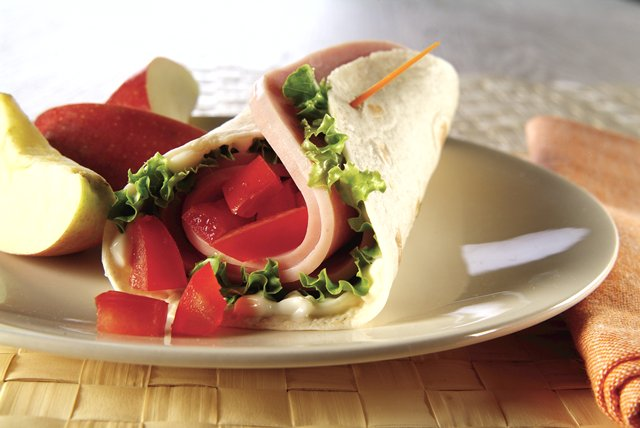 Easy Wrap Turkey Sandwich Image 1
