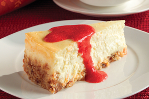 Passover Cheesecake with Strawberry Sauce