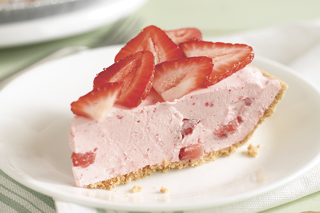 COOL N EASY Strawberry Pie