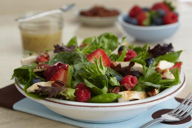 Chicken-Berry Salad Image 1