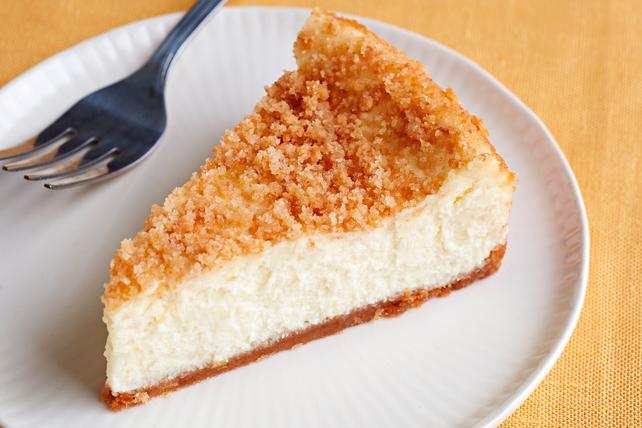 Lemon Sour Cream Cheesecake Image 1