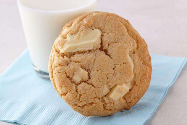 White Chocolate Chunk Cookies Image 1