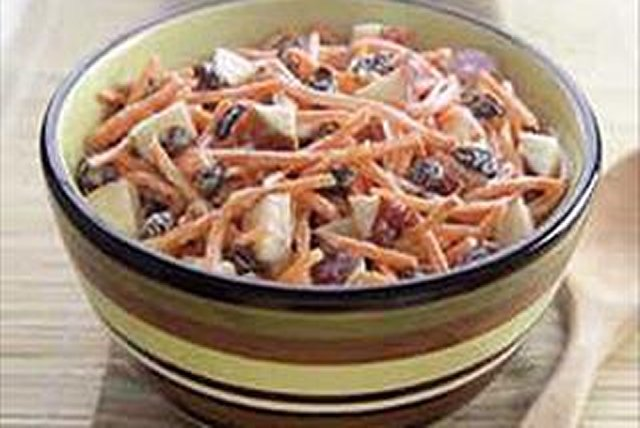 Carrot-Raisin Apple Salad Image 1