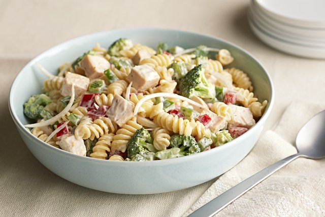 Cold Chicken Pasta Salad Image 1