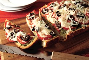 Plum Tomato & Pesto Bread