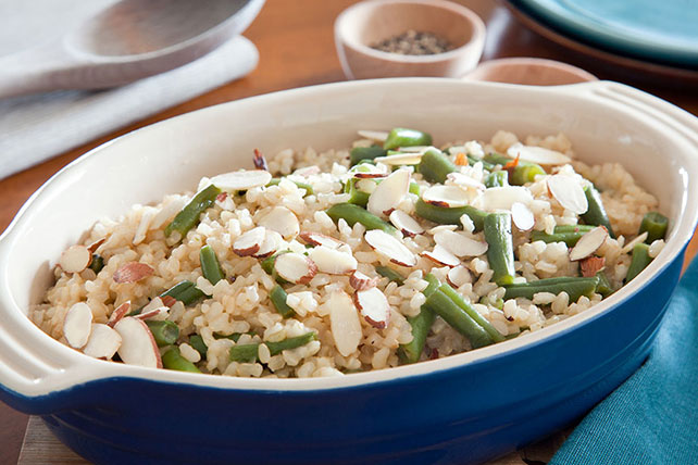 15-Minute Brown Rice & Green Beans Image 1