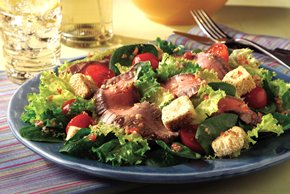 SEVEN SEAS® Sensational Steak Salad