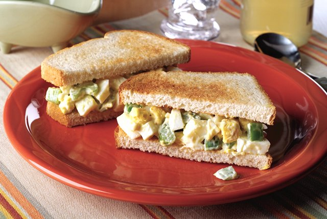 Easy Egg Salad Sandwich