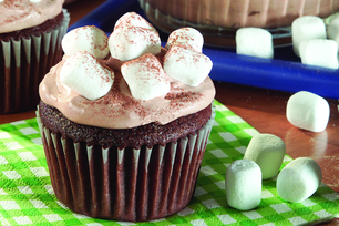 Hot Cocoa-Marshmallow Cupcakes