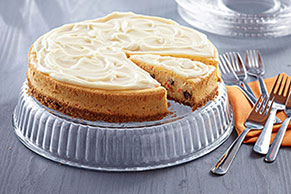 Carrot Cake Cheesecake with Raisins