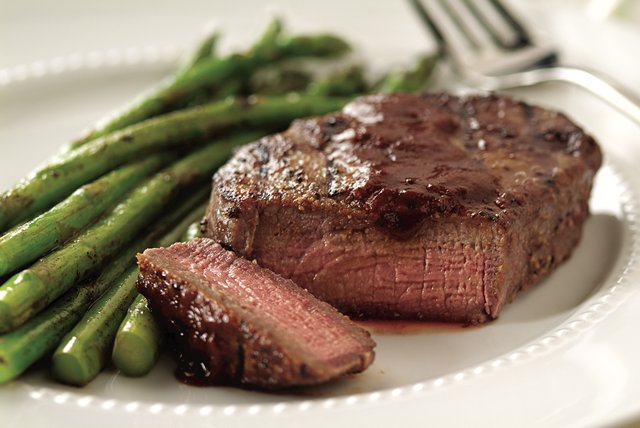 Steakhouse-Style Grilled Steak Image 1