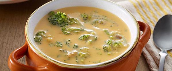 VELVEETA® Cheesy Broccoli Soup