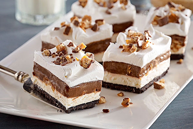 Chocolate Candy Bar Dessert Image 1