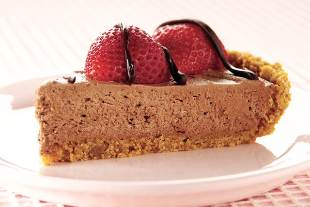 Heavenly Chocolate-Berry Pie Image 1