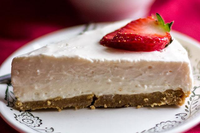 Creamy Eggnog Cheesecake Image 1