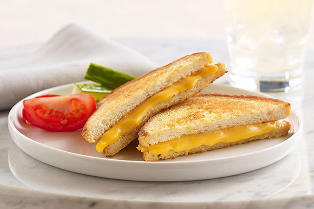 VELVEETA® Ultimate Grilled Cheese Image 1