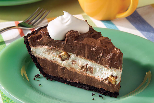 Candy Bar Pie Image 1
