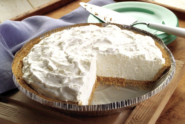 Frozen Coconut Pie Image 1