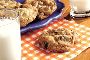 BAKER'S ONE BOWL Super Chunk Cookies