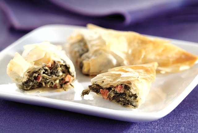 Spinach-Cheese Triangles Image 1