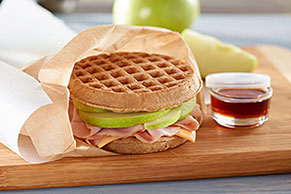 Waffle Apple-Wich