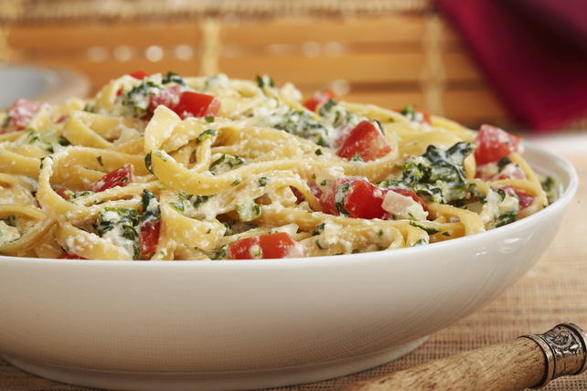 Pasta with Spinach and Ricotta Cheese Recipe Image 1
