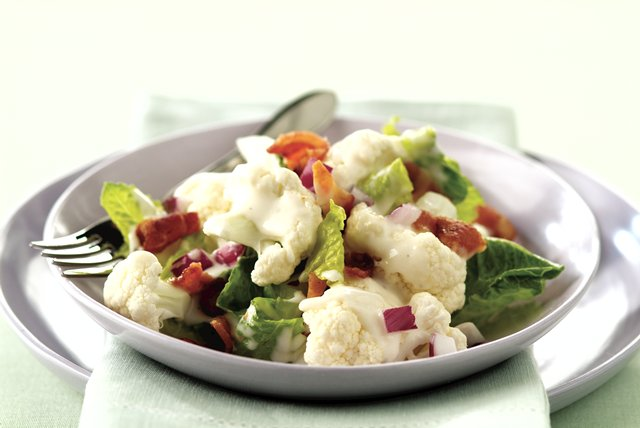 Creamy Lettuce-Cauliflower Salad Recipe Image 1