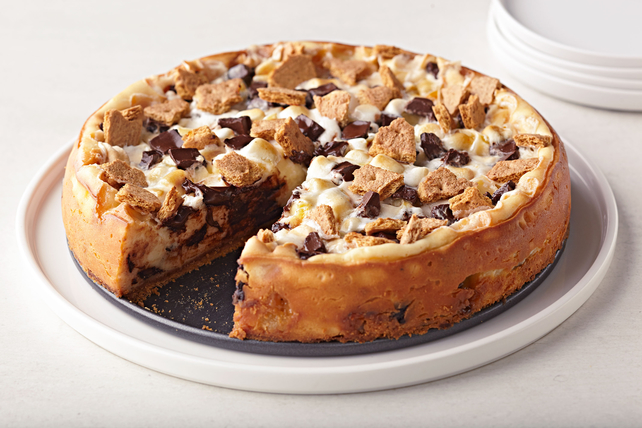 S'mores Cheesecake Image 1