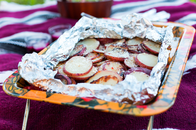 Foil-Pack Garlic-Parmesan Grilled Potatoes