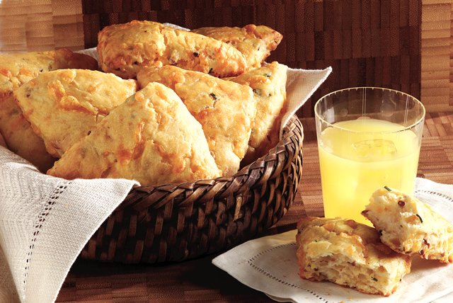 Bacon-Cheddar Scones Image 1