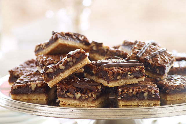 Chocolate-Pecan Pie Bars Image 1