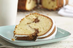 Cinnamon Nut Sour Cream Cake