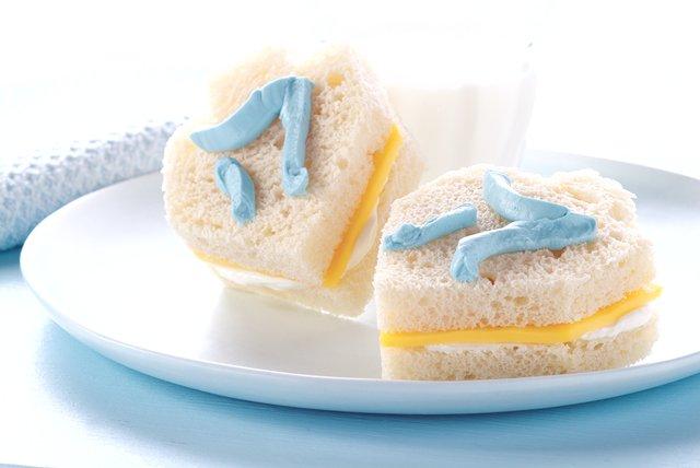 Dreidel Sandwiches Image 1