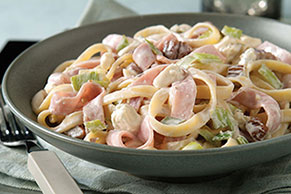 Pasta Tossed with Blue Cheese Sauce