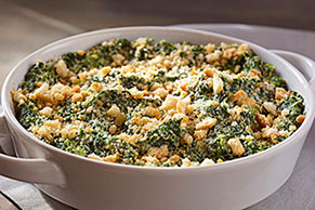 Classic Creamed Spinach Casserole
