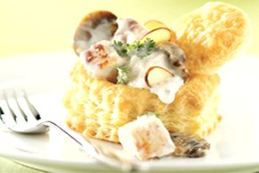 Creamy Chicken over Pastry Shells