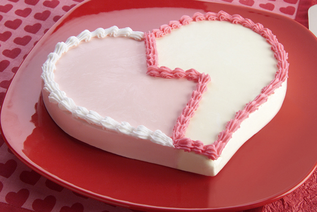 Frozen Pudding Heart Dessert