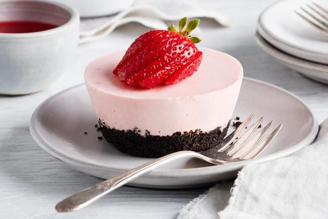 Petits gâteaux au fromage et aux fraises PHILADELPHIA Image 1