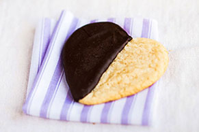 Black and White Cookies Image 1