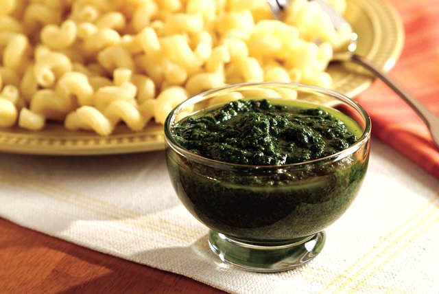 Gourmet Parmesan Italian Pesto Image 1