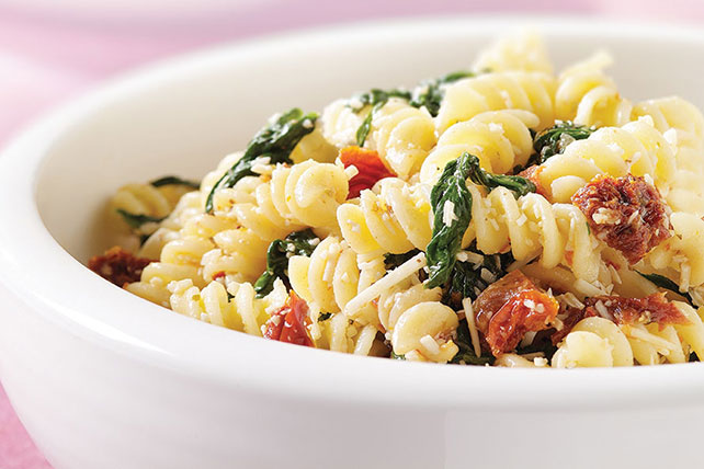 Asiago Cheese & Spinach Pasta Toss Image 1