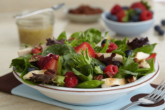 Chicken-Berry Salad Image 1