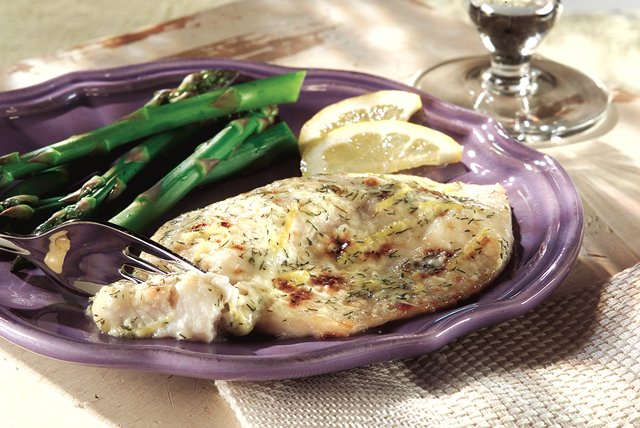Grilled Lemon-Dill Fish Image 1