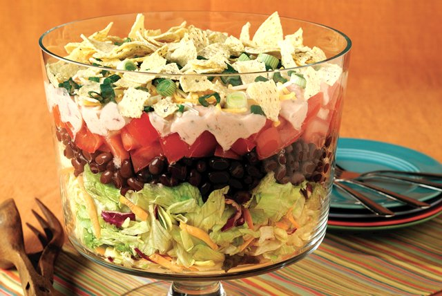 Make-Ahead Mexican Salad Image 1