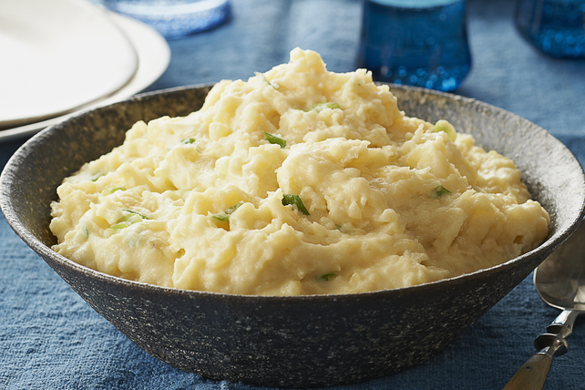 Cheesy Make-Ahead Mashed Potatoes Image 1